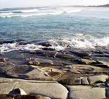 Early evening on Pippi Beach rocks, Yamba NSW by joart