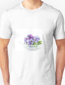 pansy 02 T-Shirt