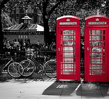 London - Red Phonebooths by Spoungeworthy