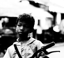 Street Kid Siem Reap by ianclavis