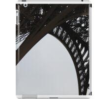 Paris Noir: Eiffel Tower in Black: Travel iPad Case/Skin