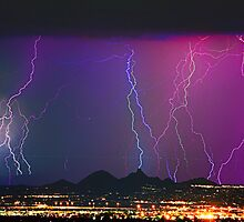 Lightning City Long Exposure by Bo Insogna