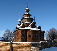 Wooden church, winter by Yulia Manko