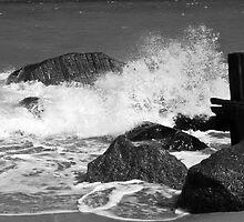 Rocks on Waxham Beach by johnny2sheds