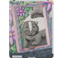Skunk In Frame iPad Case/Skin
