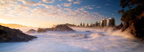 Mount Maunganui Panoramic by Paul Mercer