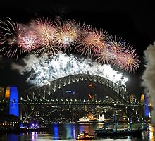 Sydney New Year Eve 2009 Fireworks - Burst of colours by Gino Iori