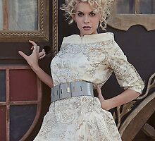:: Princess :: III by Aleksandra Navetnaya