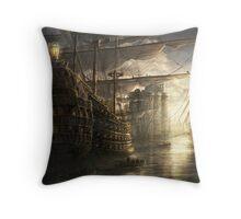 War of the ships Throw Pillow