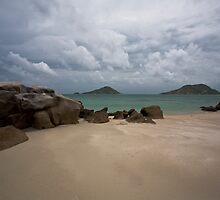 On the edge of a cyclone 2, Lizard Island QLD by daniwillis