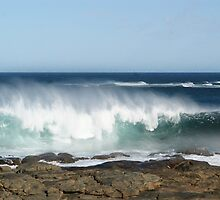 Magnificent wave at Prevelly by georgieboy98