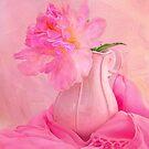 Old Fashion Pink Peony by daphsam