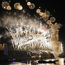 Sydney New Year Eve 2009 Fireworks - Gold & white by Gino Iori