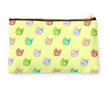Queen Gummies  Studio Pouch