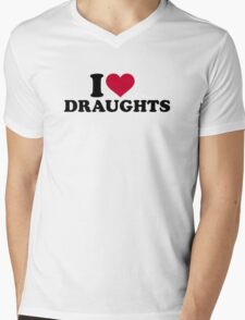 I love draughts Mens V-Neck T-Shirt