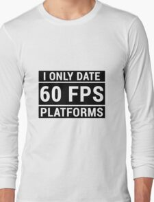 PC Master Race - 60 fps Long Sleeve T-Shirt