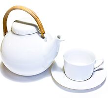 Teapot and cup by pennyswork