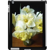Daffodils in a Jar 2 iPad Case/Skin