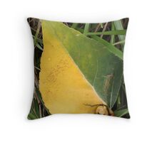 Leaf in Halftones Throw Pillow