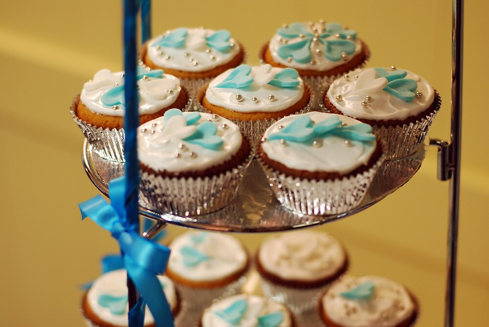 Cup Cakes by Jenni Greene