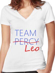 Team Leo Women's Fitted V-Neck T-Shirt