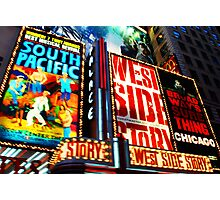 Broadway, New York marque Photographic Print