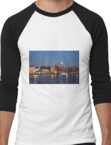 Wilmington At Night Men's Baseball ¾ T-Shirt