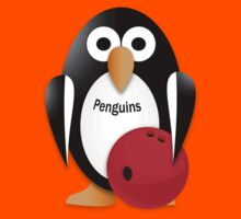 Penguin with bowling bow Kids Tee