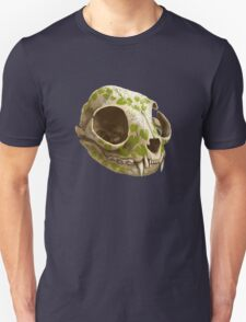 cat skull decorated with wasabi flowers Unisex T-Shirt