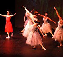 Dance #5 by Peter Voerman