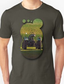 Farmer's pride taking a sunbath | transportation photography T-Shirt