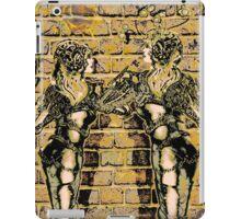 Graffiti Hearts [Digital Figure Illustration] Colour-Mash Version 1 iPad Case/Skin