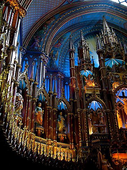 L'Eglise Notre Dame (Montreal) by Valerie Rosen