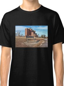 Forgotten Building and Bench Classic T-Shirt