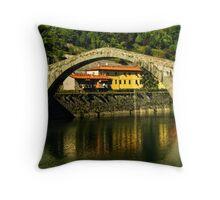 Single span of il Ponte del Diavolo, Lucca, Tuscany, Italy Throw Pillow