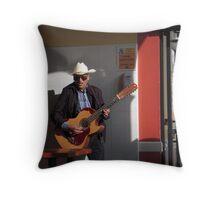 Il Mariachi Throw Pillow