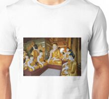 different sitting Buddhas in a circle in SHWEDAGON PAGODA Unisex T-Shirt