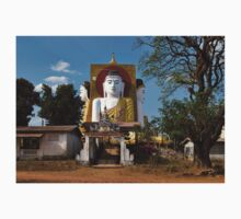 four sitting Buddhas 30 metres high looking in four points of the compass at Kyaikpun Pagoda T-Shirt