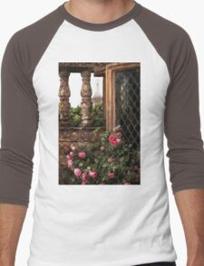 IN A TUDOR GARDEN Men's Baseball ¾ T-Shirt