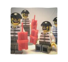 Convict Prisoner City Minifigure with Dynamite Sticks Scarf