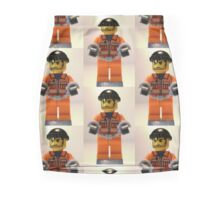 Convict Prisoner Minifig Minifigure with Handcuffs Mini Skirt