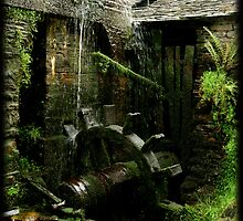 The watermill in the other side of  the old shelter by Carlos Casamayor