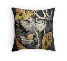 King's Peach Throw Pillow