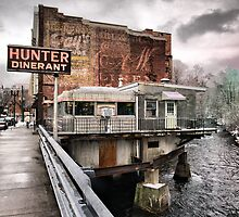 hunter dinerant by Brock Hunter