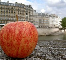 Apple of Paris by AndyCondratov