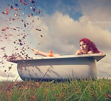 Autumn bath by Moijra