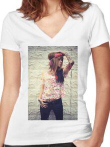 Kawaii Metal Women's Fitted V-Neck T-Shirt
