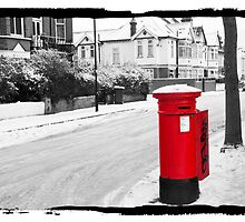 Red Postbox by DonDavisUK