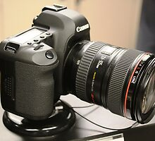 Canon EOS 5D Mark 2 by FoodMaster