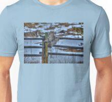 Hunting Great Grey Owl Raptor Winter Wildlife Unisex T-Shirt